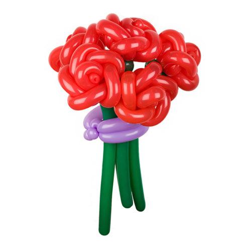 Букет из 5 красных роз с фиолетовой лентой из воздушных шаров