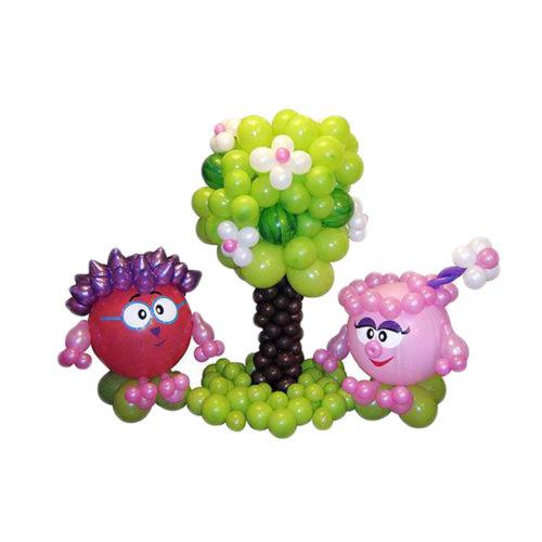Смешарики Нюша и Ёжик с деревом из воздушных шаров