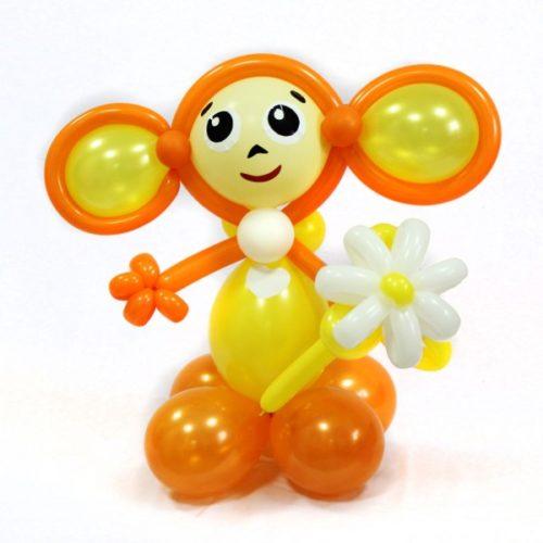 Оранжевый Чебурашка из воздушных шаров