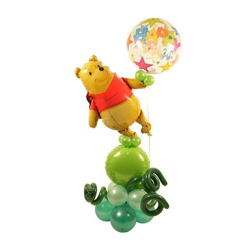 Винни-Пух с шариками из воздушных шаров