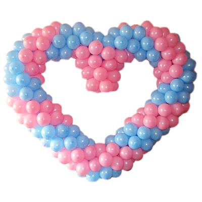 Голубо-розовое сердце витое из воздушных шаров