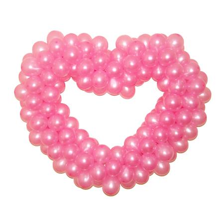 Розовое сердце из воздушных шаров
