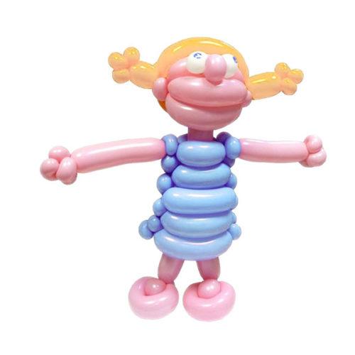 Блондиночка в голубом платьице из воздушных шаров