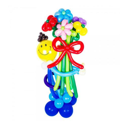 Мальчик в голубых штанах из воздушных шаров