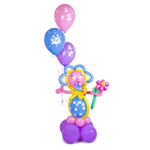 Малыш с цветочком и шариками из воздушных шаров