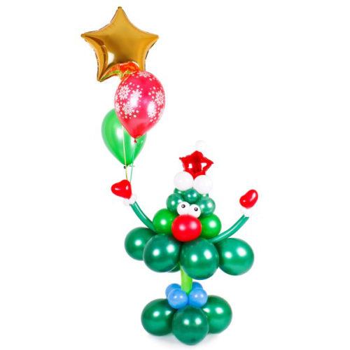 Новогодняя елка с шариками и звездой из воздушных шаров