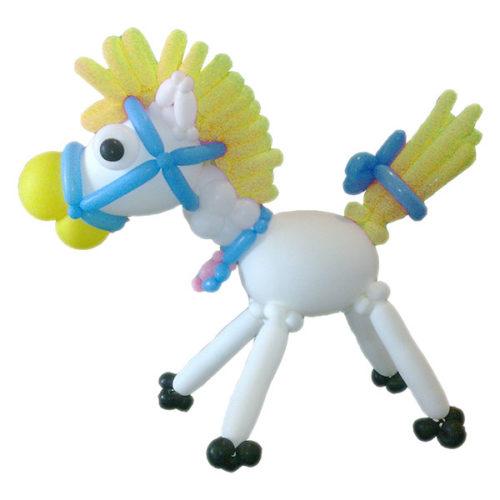 Лошадка с желтой гривой из воздушных шаров