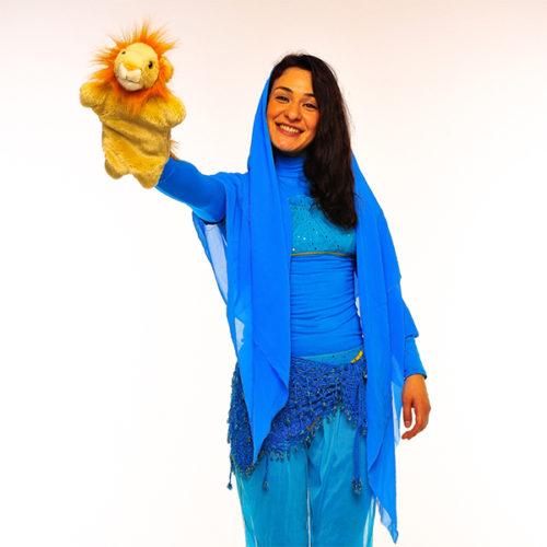 Живая открытка - Поздравление от принцессы Жасмин с шарами