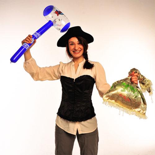 Живая открытка - Поздравление от пиратки с шарами