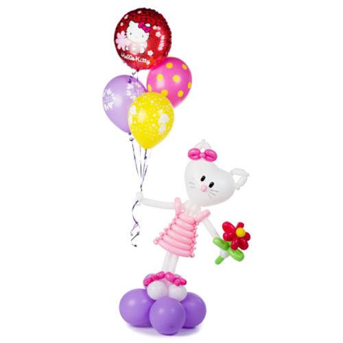 Котенок Китти с шариками воздушных шаров