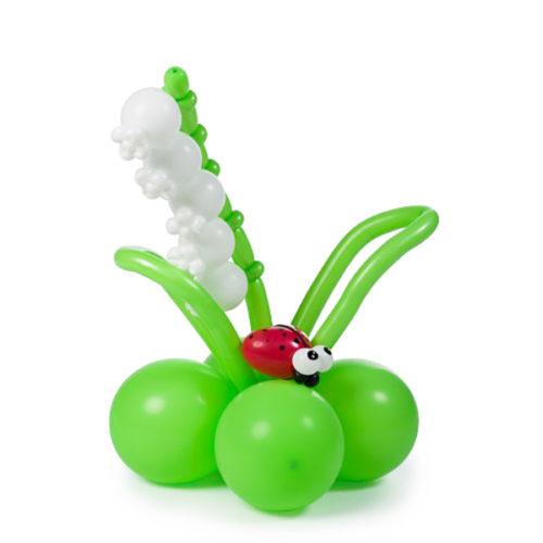 Ландыш с божьей коровкой из воздушных шаров
