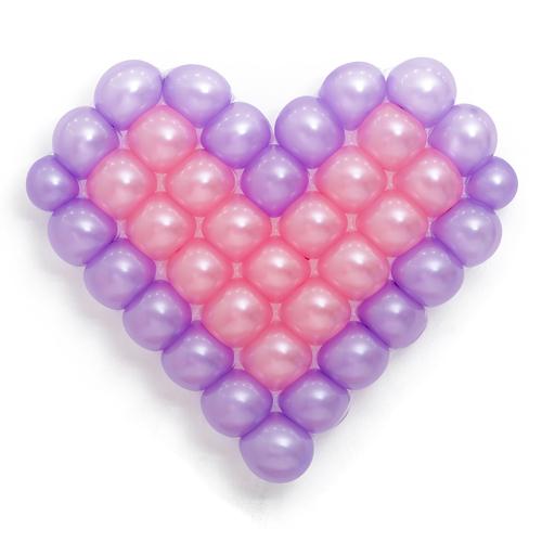 Панно из шаров сердце сиренево-розовое