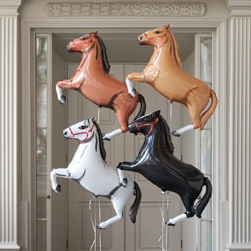 Комплект для фото из шаров Скачки Лошадки