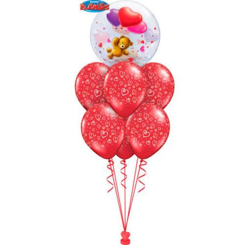 Фонтан из шаров с шаром с Мишкой