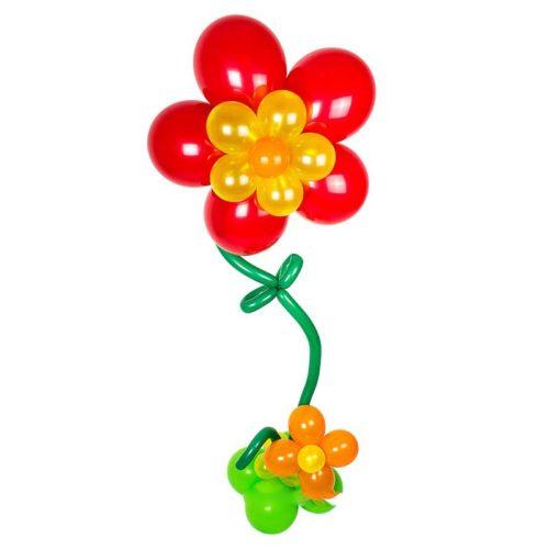 Большой цветок из воздушных шаров