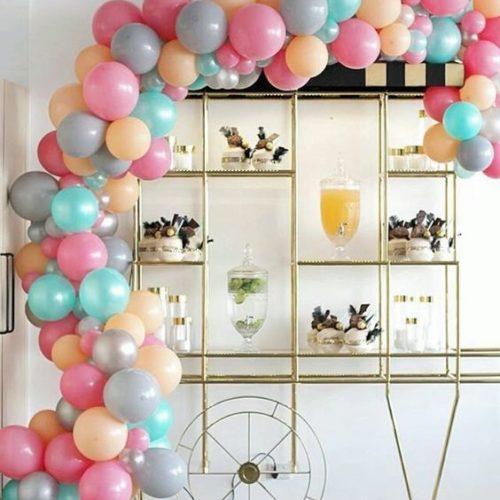 Гирлянда из шаров для оформления витрин магазинов 4 метра