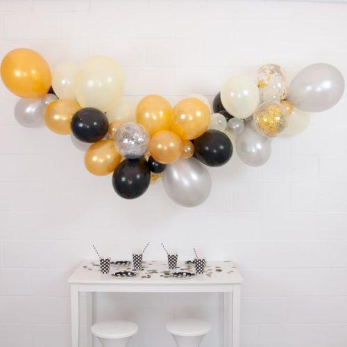 Гирлянда из разных шариков Серебро Черный Золото с конфетти 2 метра