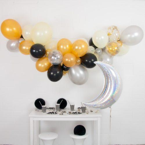 Гирлянда из разных шариков Серебро Черный Золото с месяцем 2 метра