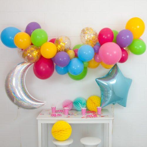 Гирлянда из разных шариков цвет Ассорти со звездой и месяцем 2 метра