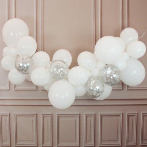 Гирлянда из разных шариков цвет Белый с конфетти 2 метра
