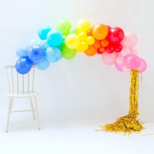 Гирлянда из разных шариков цвет Радуга с дождиком 2 метра