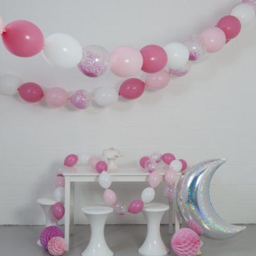 Комплект гирлянд из шаров с воздухом Принцесса 3 размера по 3 метра и Месяц