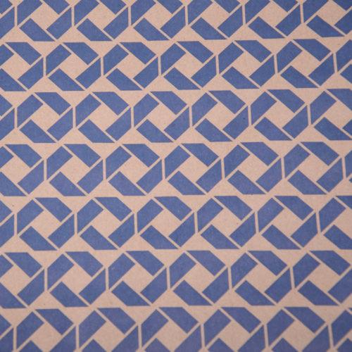 Упаковочная бумага Крафт 40гр 0,72 м Ромбы синие 1 метр