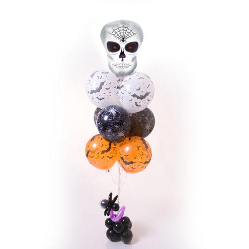 Фонтан из шаров с черепом
