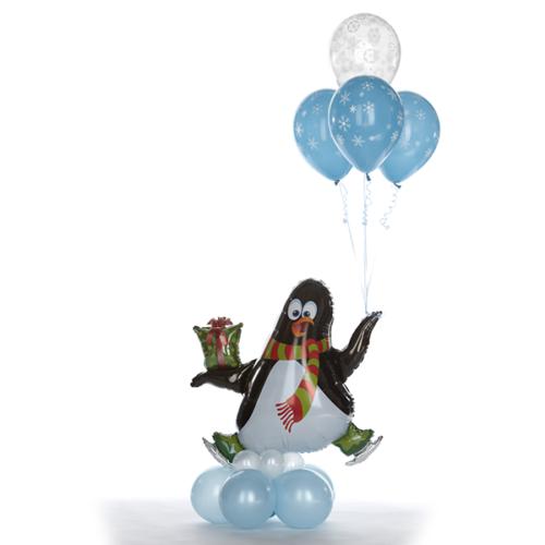 Фонтан из шаров с Пингвином