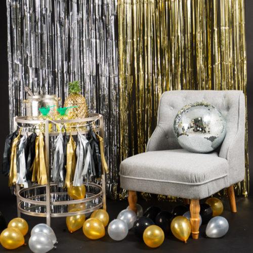 Фотозона Новый год Занавес Дожик и Шары на пол