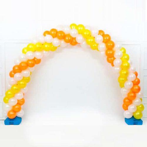 Арка плетеная из шаров Белый Оранжевый Желтый Витая