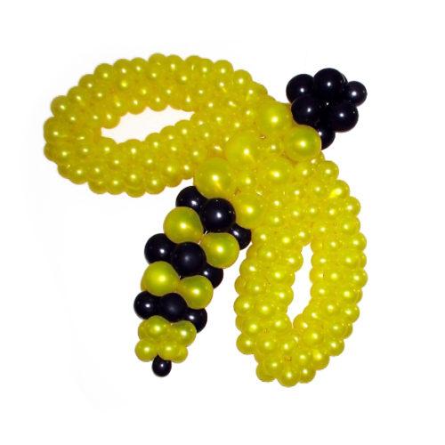 Пчела желто-черная из воздушных шаров