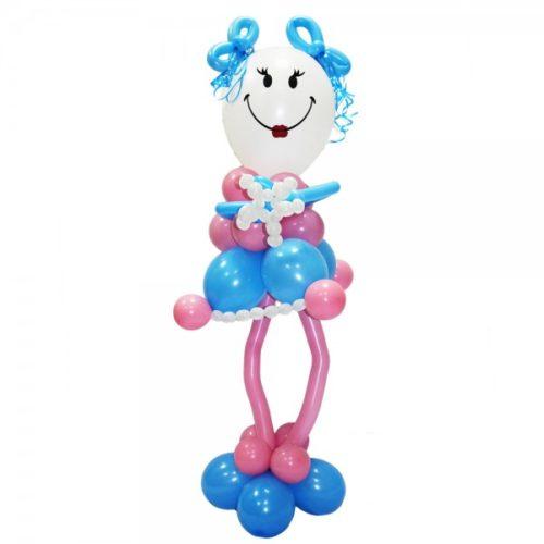 Девочка Смайл в розово-голубом платье из воздушных шаров