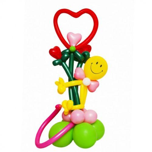 Смайл с сердцами из воздушных шаров