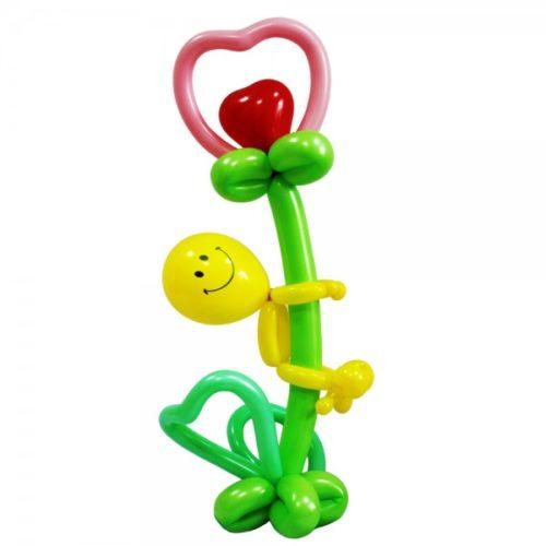 Смайлик с цветком-сердцем из воздушных шаров