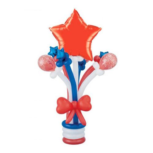 Колонна со звездой из красных, белых и синих воздушных шаров
