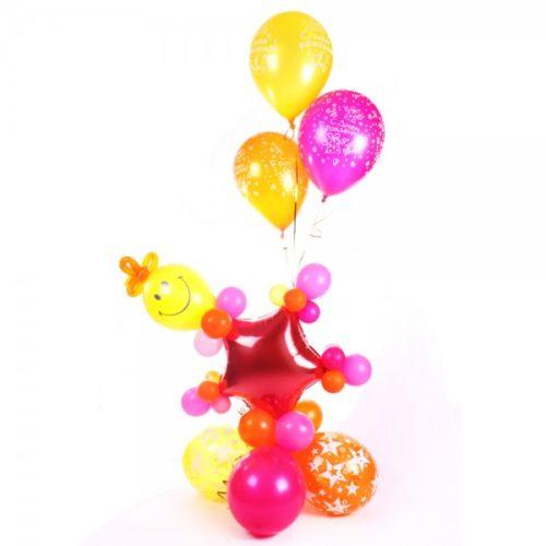 Фонтан со смайликом и звездой из воздушных шаров