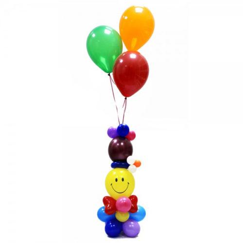 Фонтан со смайликом в шапке с ромашкой из воздушных шаров