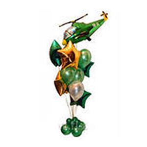 Фонтан с вертолетом из воздушных шаров