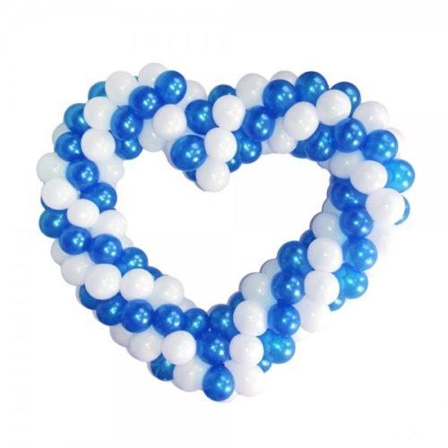 Бело-синее сердце витое из воздушных шаров