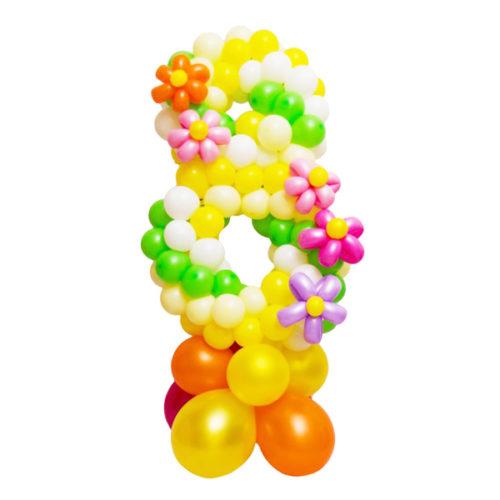 """Цифра """"8"""" с разноцветными ромашками из воздушных шаров"""
