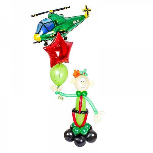 Солдат из шаров с вертолетом и звездой