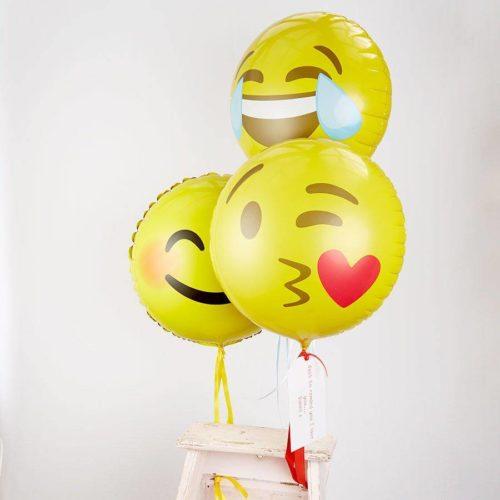 Комплект из 3 шаров Смайлики Эмоции с поцелуями и радостью