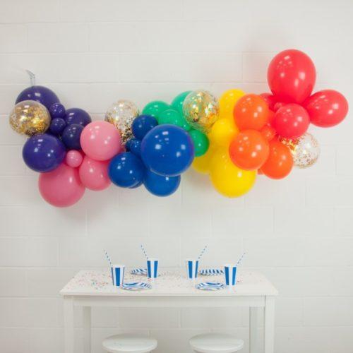 Гирлянда из разных шариков цвет Радука конфетти 2 метра