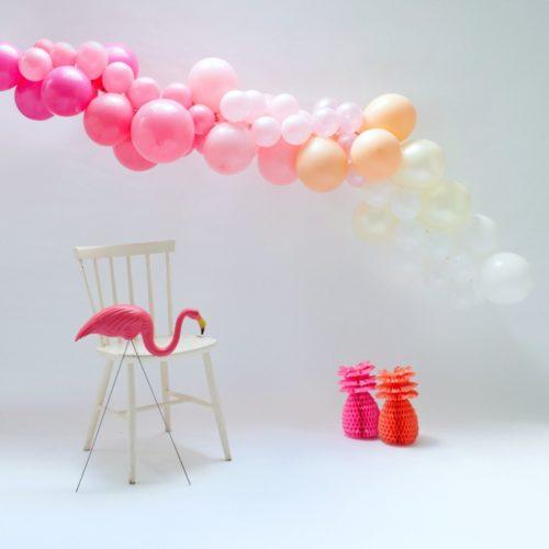 Гирлянда из разных шариков цвет Фламинго 2 метра