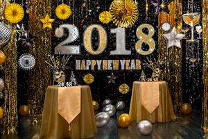 Украшения интерьера и Мишура Новый год