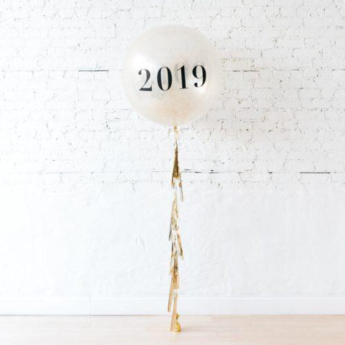 Шар Большой с цифрами 2019 с грузиком