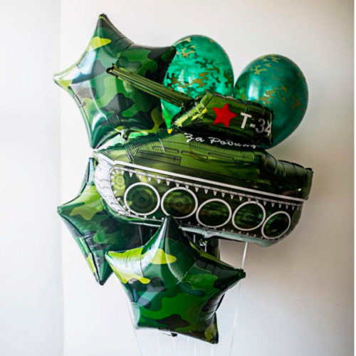 Связка из 7 шаров на 23 февраля с Танком
