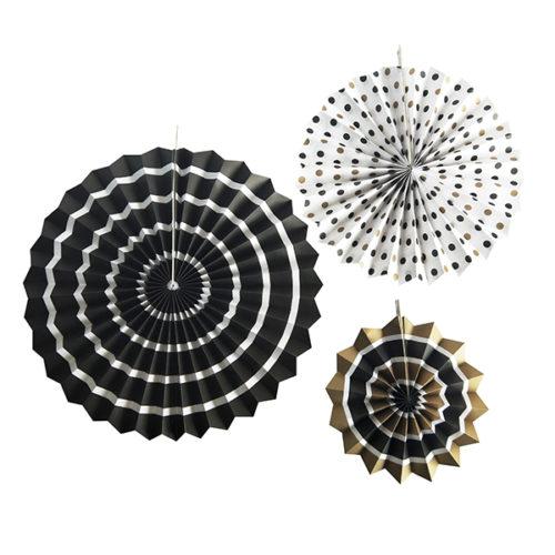 Набор бумажных фантов 20 28 38 см Черное ассорти 3 штуки
