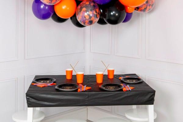Сервировка стола на Хеллоуин